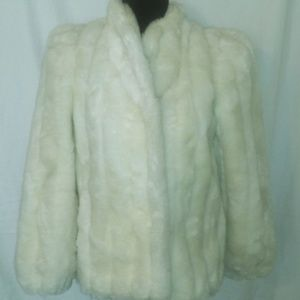 Sasson Vintage White Fur Size 9
